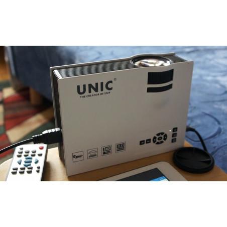 LED projektorius UC40